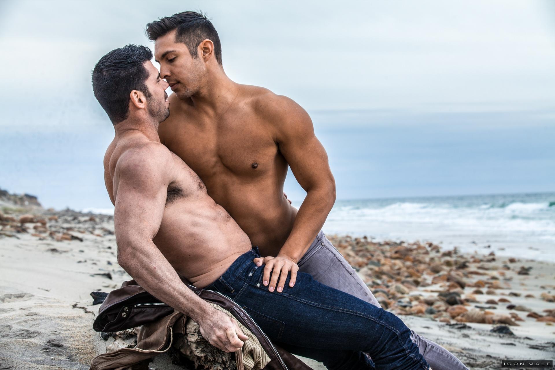 Real Couples Bareback: Seth Santoro and Billy Santoro