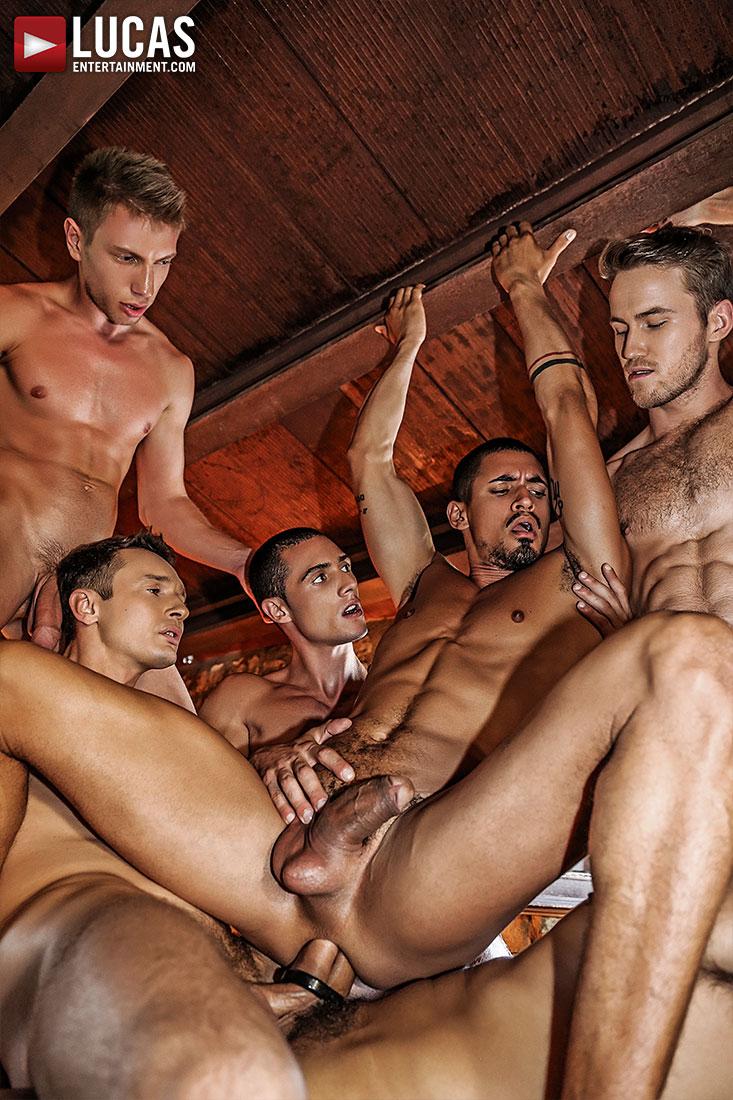 Ibrahim Moreno's Bareback Orgy