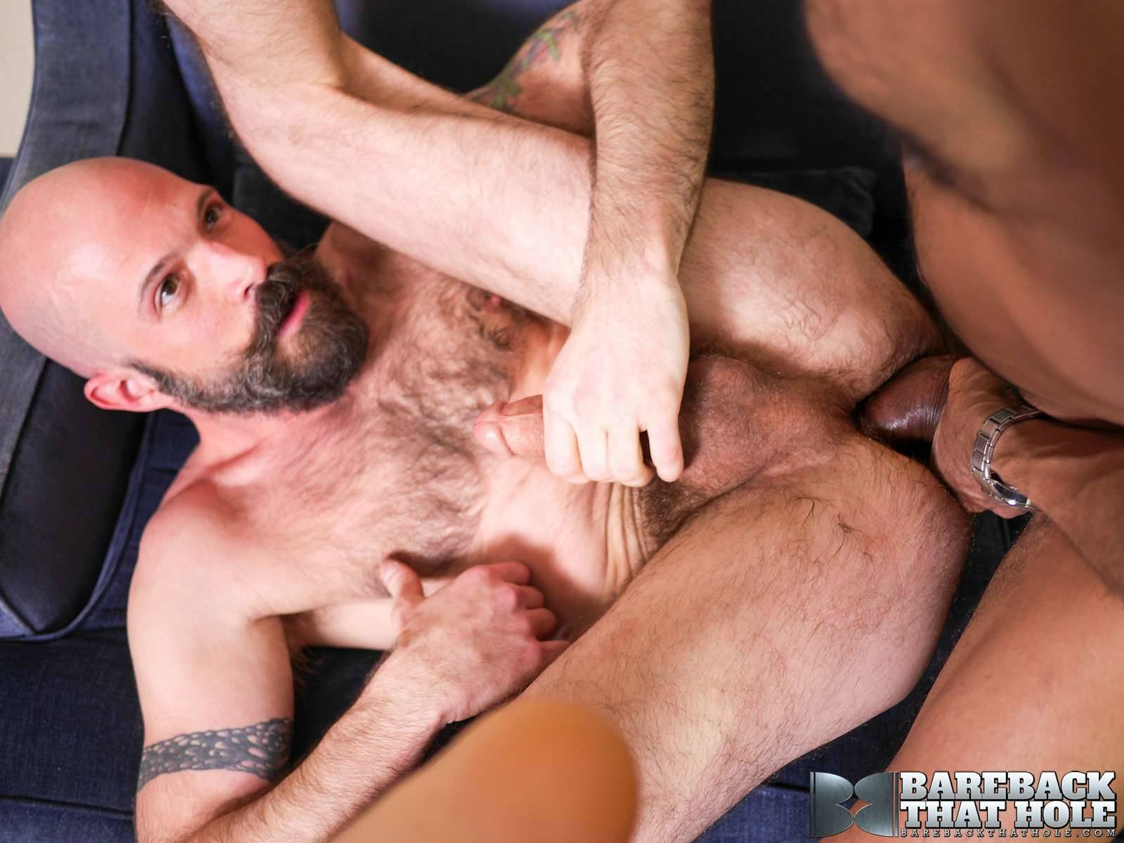 Mickey Carpathio and Saul Leinad Gay Bareback