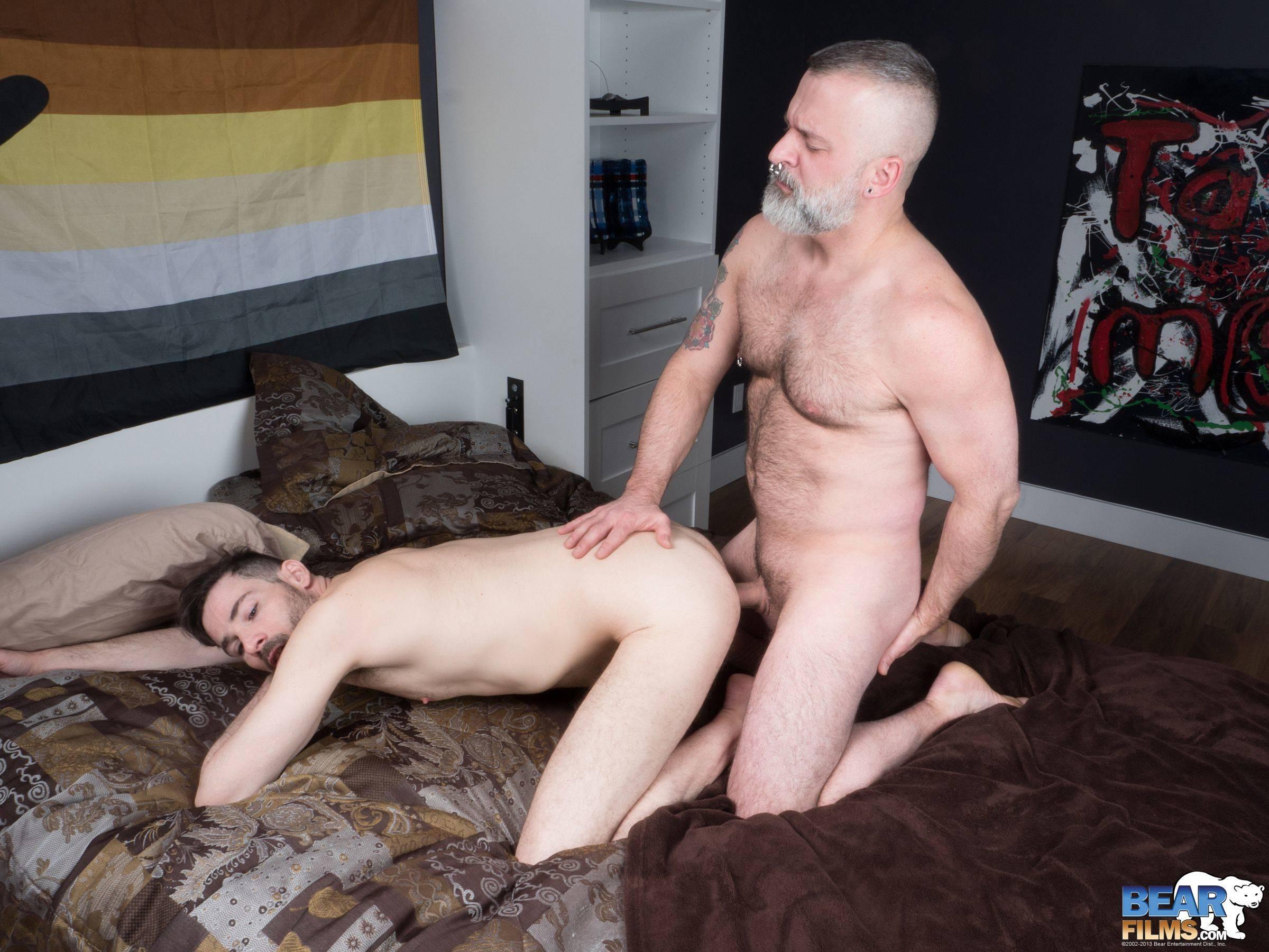 Gay Bareback