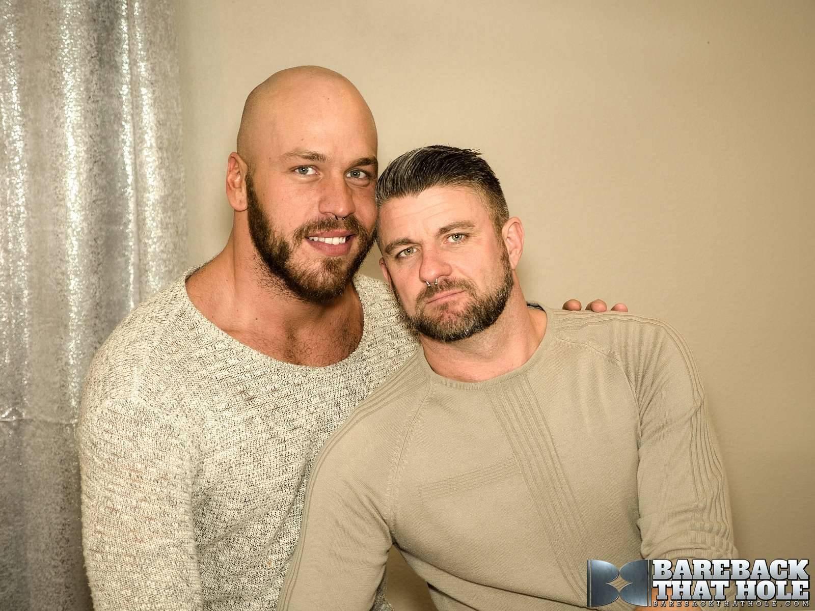 Parker Logan and Christian Matthews Gay Bareback