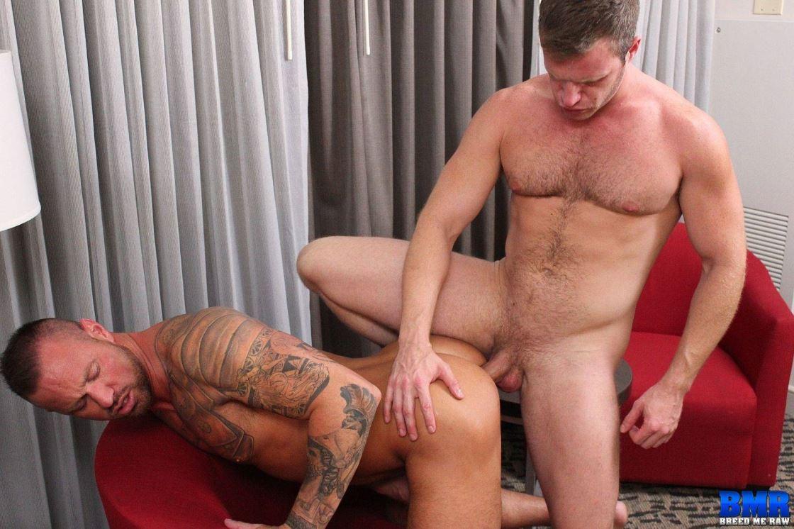 Brian Bonds and Michael Roman Gay Bareback