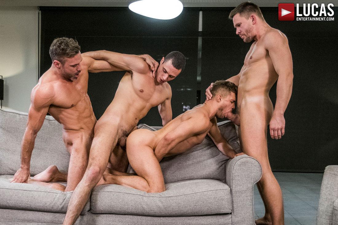 Gay Bareback Orgy