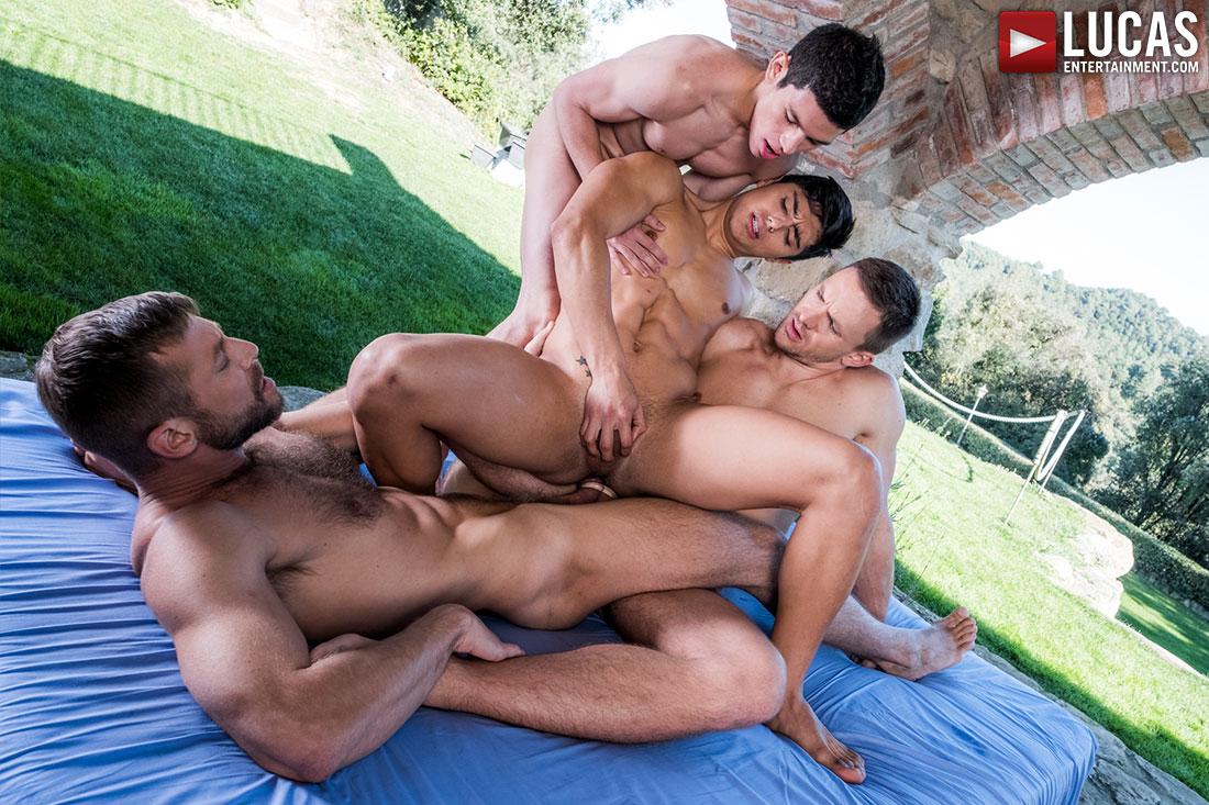 Bulrog, Andrey Vic, Ken Summers and Ricky Verez