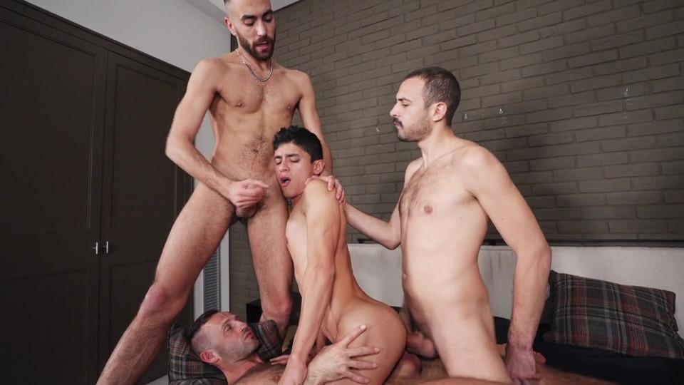 Joaquin's Big Dick Bareback Orgy
