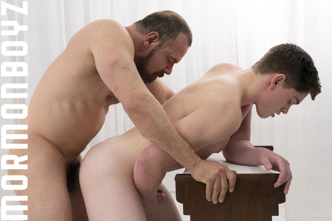 gay sex shop dvd