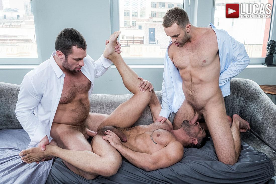 Stas Landon, Jackson Radiz and Wagner Vittoria – Bareback Threesome