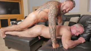 Muscle Bears Bareback: Marc Angelo and Dale Savage