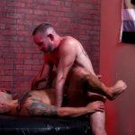 Muscle Bears Bareback: Liam Greer & JD Travis