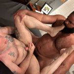 Muscle Bear Porn: Barefoot & Bred